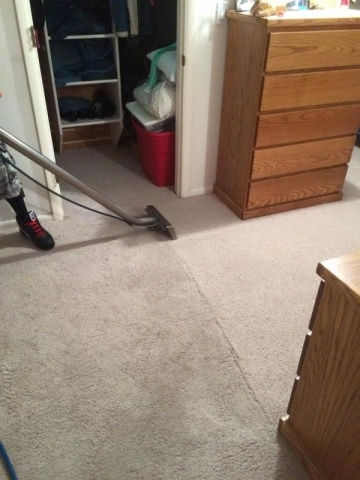 Carpet Cleaning – Bedroom